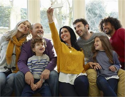 COVID-19: बच्चे, बूढ़े और एडल्ट घर पर बरतें ये सावधानियां