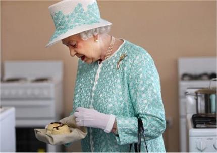 94 की उम्र की स्वस्थ है महारानी एलिजाबेथ, लेती हैं खास डाइट