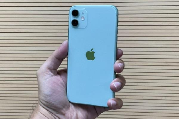 सिर्फ एक ट्रिक के जरिए एप्पल ने भारत में बेचे हैं खूब iPhone 11