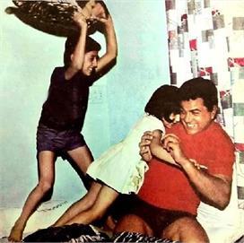 Throwback Memories : जब हाथ में तकिया लिए पापा को मारने...