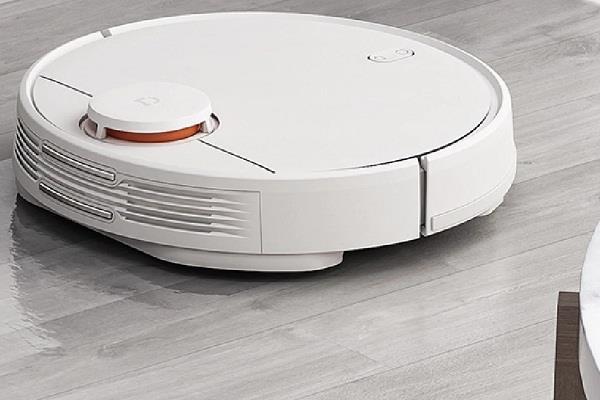 शाओमी बाजार में उतारेगी रोबॉट वैक्यूम क्लीनर, घूम-घूम कर करेगा घर की सफाई