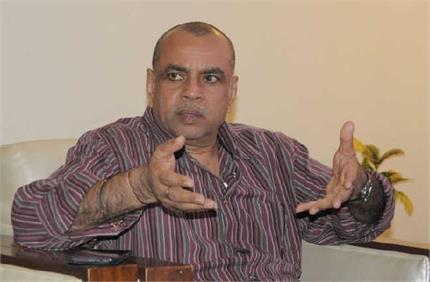 परेश रावल का ट्वीट देख आग बबूला हुए उनके फैंस
