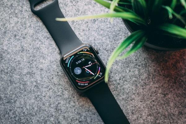 यूजर की मेंटल हेल्थ का ख्याल रखेगी Apple Watch 6, पैनिक अटैक्स से भी बचाएगी