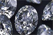 आपको भी पसंद है हीरा, तो जानिए उससे जुड़े कुछ Facts