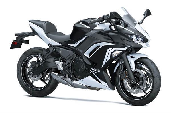 Kawasaki ने BS6 इंजन के साथ लॉन्च किया Ninja 650, कीमत 6.24 लाख रुपये