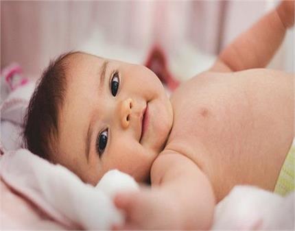 न होगा दर्द न एलर्जी, इन 5 उबटन से हटाएं नवजात बच्चे के शरीर के बाल