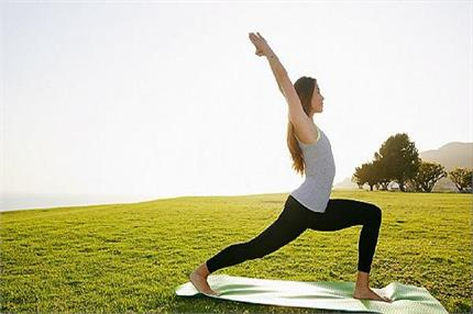 वर्ल्ड योग दिवस: श्वासन करने से कंट्रोल होगा हाई ब्लड प्रेशर, जानिए...