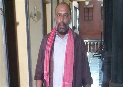 आर्थिक तंगी से गुजर रहे राजेश करीर के अकाउंट में जमा हुए 12 लाख रुपये