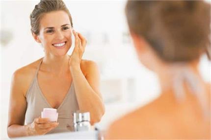मसूर दाल से बनाएं Anti-Aging Cream, 40 की उम्र में भी दिखेंगे यंग