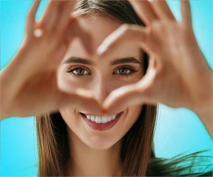 डाइट में शामिल करें ये 5 आहार, आंखे रहेंगी ताउम्र स्वस्थ