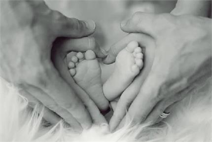कोरोना के डर के कारण नहीं किया इलाज, जुड़वां बच्चों के बाद मां ने तोड़ा...