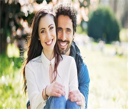 Relationship Advice: रिश्ते में मजबूती लाएंगी आपकी ये 5 आदतें