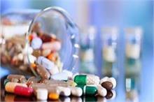 बिखरी दवाइयां भी लाती हैं नेगेटिविटी इसलिए ना करें ऐसी...
