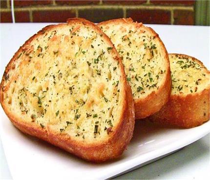 झटपट बनाएं मिक्स हर्ब ब्रेड सैंडविच