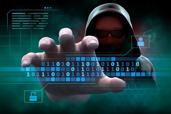 ट्रूकॉलर से लेकर PUBG तक चुरा सकती हैं आपके फोन का डाटा, लिस्ट में सामने आईं ऐसी ही 53 एप्स