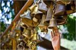 मंदिर में जानें से पहले क्यों बजाई जाती हैं घंटी?