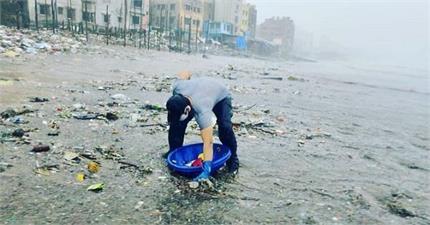 समुद्र तट की सफाई करने पहुंचे रणदीप हुड्डा, कहा- ये मेरी भी...