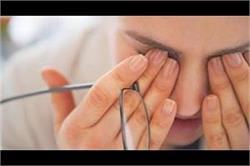 मानसून में बढ़ जाता है Eye Infection का खतरा, जाने कैसे रखें ख्याल