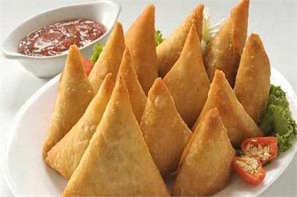 Monsoon Special: टेस्टी एंड क्रिस्पी पनीर समोसा