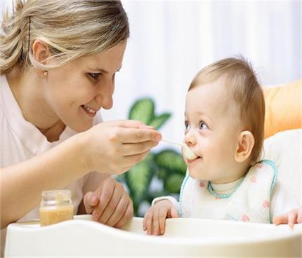 बच्चों का वजन बढ़ाने के लिए डाइट में शामिल करें ये सूपर फूड्स