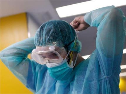 अब तो हद हो गई! PPE किट पहनकर चोरों ने लूटी ज्वेलरी शॉप