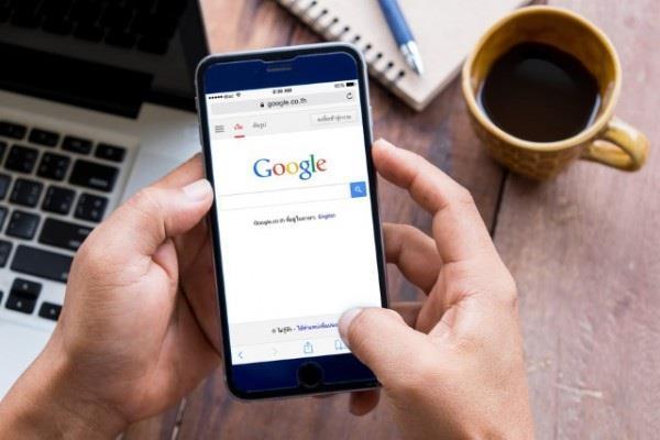 गूगल ने बैन किए पत्नी को ट्रैक करने या फिर पति की जासूसी करने वाले विज्ञापन