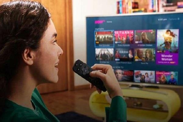 अपने साधारण TV को ऐसे बनाएं SMART TV, बस करना होगा यह काम