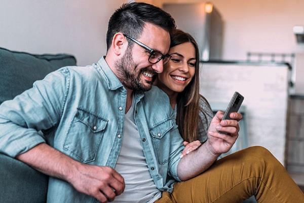 अब घर बैठे मंगवाए सैमसंग के नए फोन्स, पहले चला कर देंगे फिर खरीदें