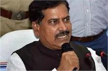 रेल राज्य मंत्री सुरेश अंगड़ी का निधन, पीएम मोदी ने ट्वीट...