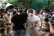 जल्द हो सकती है रिया की गिरफ्तारी, एनसीबी की हिरासत में...