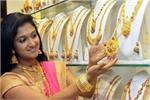 इस महीने में सबसे सस्ता हुआ सोना, शॉपिंग करने का सुनहरा मौका