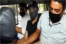 SSR Case: गिरफ्तार होते ही बहन रिया को फंसा गए शौविक