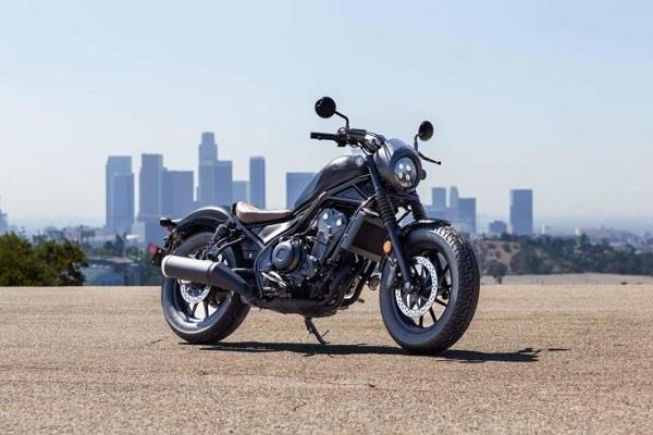 रॉयल एनफील्ड को टक्कर देने के लिए होंडा जल्द लॉन्च करने वाली है नई पावरफुल बाइक