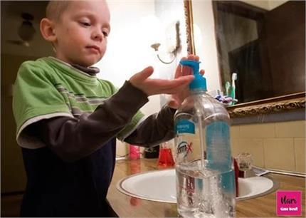 बच्चों के लिए कितना सही सैनिटाइजर, जानिए एक्सपर्ट्स की राय