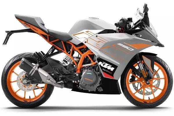 KTM तीन नई कलर ऑप्शन्स के साथ लाई अपनी लोकप्रिय RC रेंज, जानें सभी मॉडल्स की कीमतें