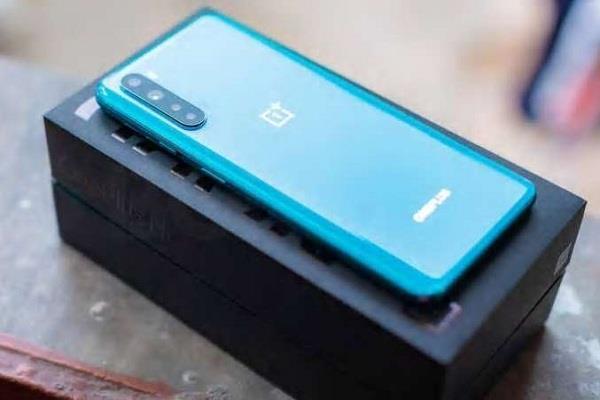 आज सेल के लिए उपलब्ध होगा OnePlus Nord का सबसे किफायती 6GB RAM वाला वेरिएंट