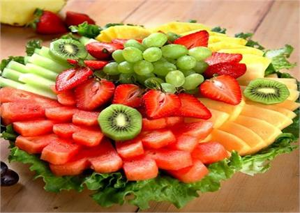 लंबे समय तक फलों को ताजा रखेंगे ये आसान से किचन टिप्स