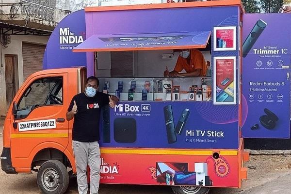 भारत में स्मार्टफोन बेचने के लिए Xiaomi ने निकाला नया रास्ता, खोल दिया MiStore on-wheels