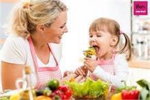 खाने में आना-कानी करता है बच्चा तो ऐसे डालें हैल्दी डाइट की...