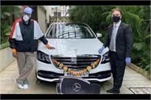 अमिताभ ने खरीदी नई कार तो ट्रोलर्स बोले- डोनेट करो बच्चन...