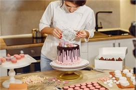 केक बेकिंग की 10 आइटम्स, Price का साथ देखिए आपको आसानी से...