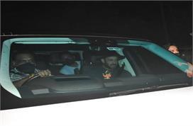 शाहरुख खान के सपोर्ट में आए सलमान खान, देर रात पहुंचे किंग...