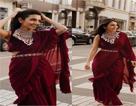 मासूम मीनावाला के बेस्ट Paris Fashion Week लुक, कपड़ों के...