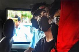 अब कई रातें जेल में काटेंगे शाहरुख के लाडले, 7oct तक NCB की...