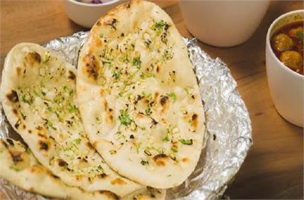 विकेंड स्पेशल: घर पर बिना तंदूर से बनाएं चीज़ नान