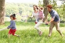 बच्चों के साथ नहीं बिता पा रहे समय तो अपनाएं ये Creative...