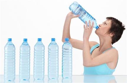 खतरे की घंटी हो सकता है बार-बार प्यास लगना, जान लें उपाय