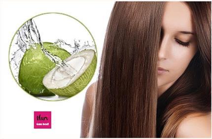बालों पर जादुई निखार लाएगा नारियल पानी, बस जान लें लगाने का सही तरीका