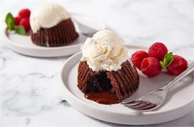 विकेंड स्पेशल: चॉकलेट लावा केक