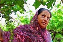 4 बच्चों के साथ 30 लाख रुपए का कर्ज छोड़ गए थे पति, अब...